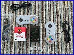 RetroPie Raspberry Pi 4 Retro Arcade Gaming 2 Classic SNES pads 30,000 of ROMs